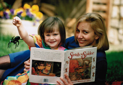 Book launch of Sarah the Spider (Picture courtesy of Ross Parry Agency)